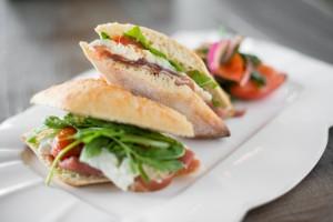 Sandwich prosciutto 24 mois